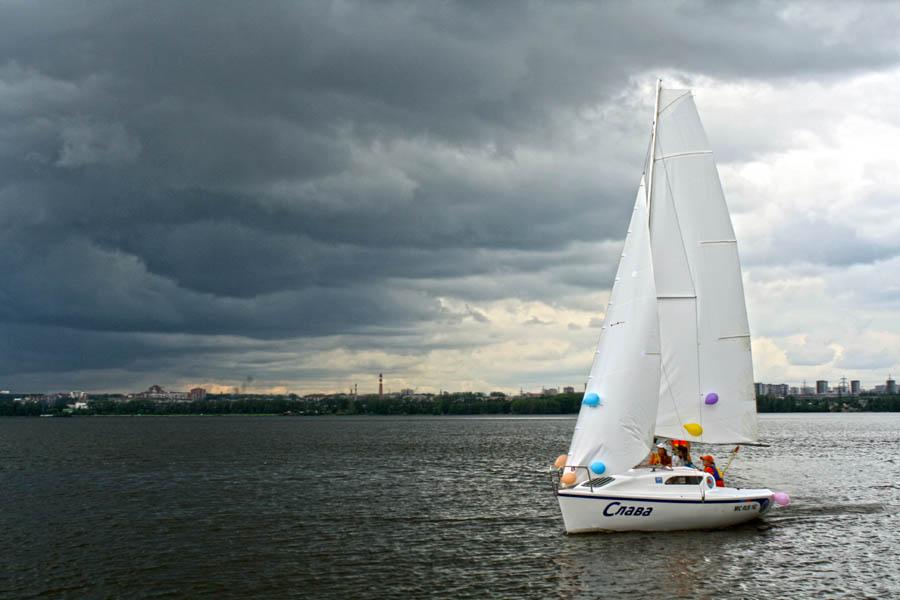 Первый выход на воду новой крейсерской яхты «Слава»!