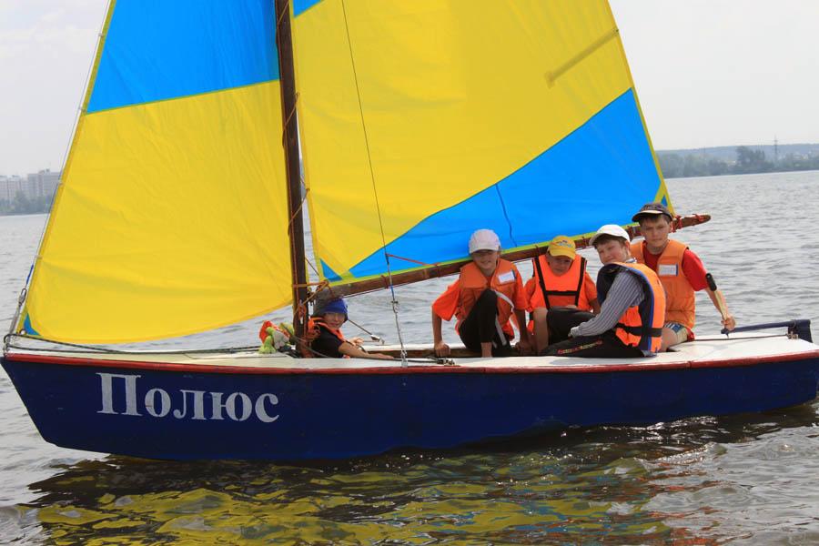 Бравый экипаж яхты «Полюс»