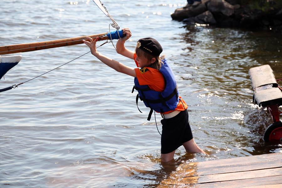 Данил Репин отправляет очередную яхты в первый выход