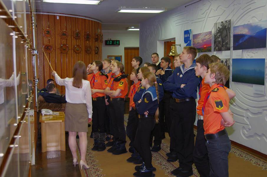 Каравелльцы и юные моряки из Костромы погружаются в историю знаменитого судостроительного предприятия «СевМаш»