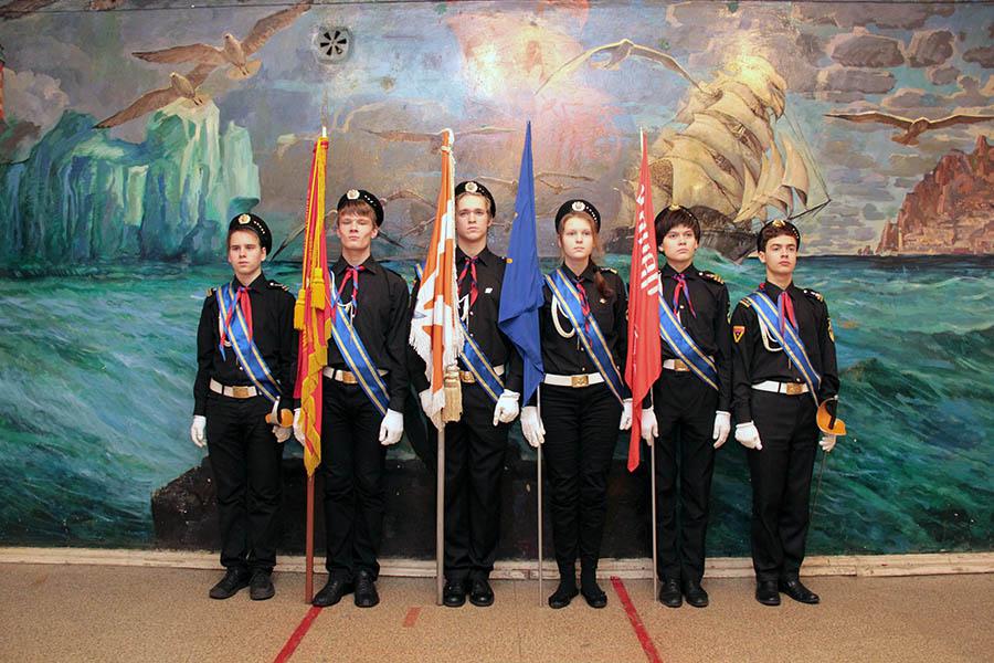Знамённая группа отряда (действующий состав с запасными, январь 2014 года)
