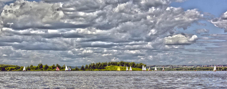 Флотилия отряда «Каравелла» курсирует у полуострова Баран