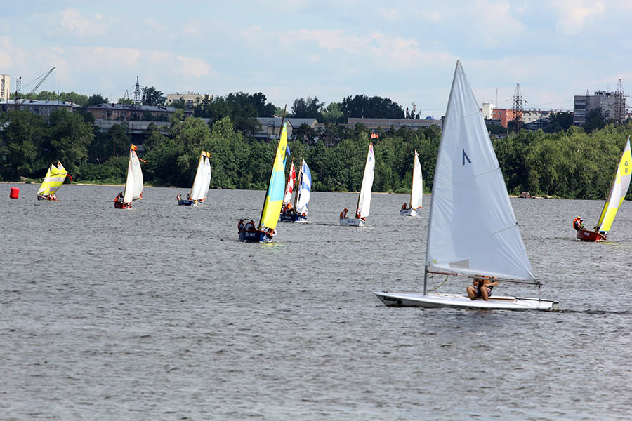Гонки «Родной причал» объединяют морские клубы Екатеринбурга