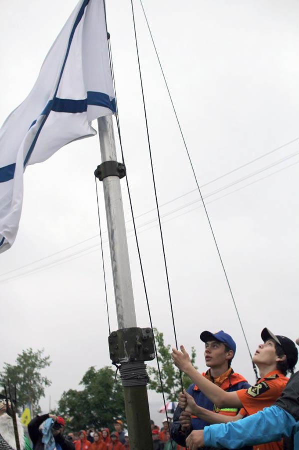 Андреевский флаг поднимают самые заслуженные представители морских клубов