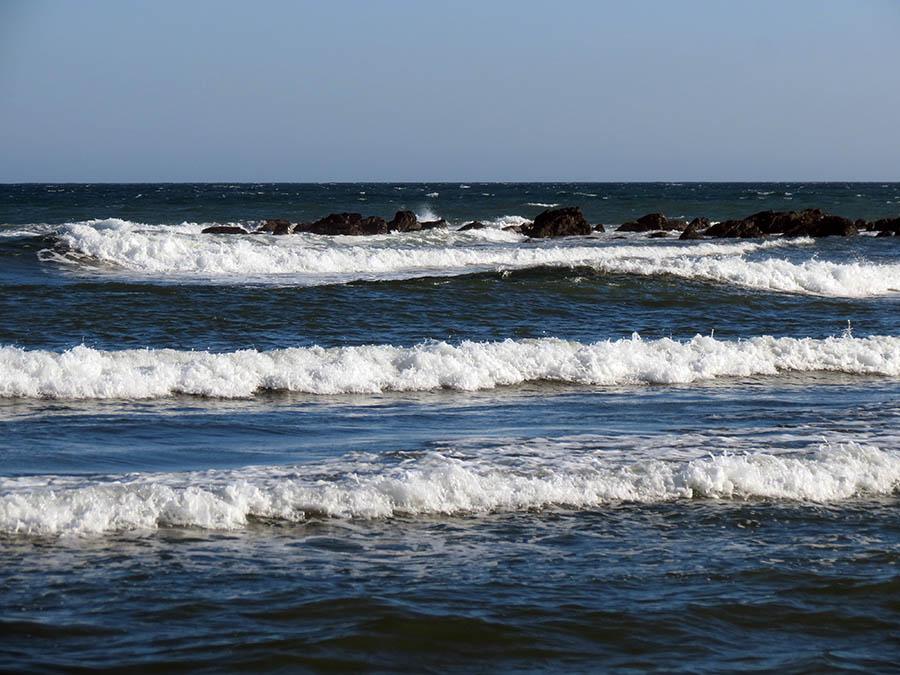 Очень солёная океанская вода с пляжа ВДЦ «Океан»