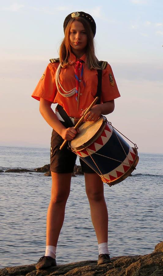 Лида Лукомская встречает рассвет на берегу Тихого океана