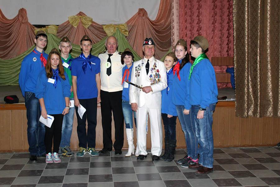 Делегация Волжского с офицерами военно-морского флота