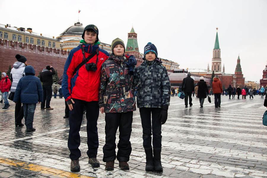 Команда отряда «Каравелла» на Красной площади в Москве