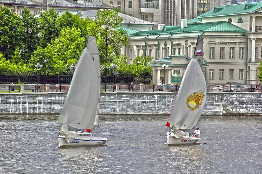 Битва за лидерство с экипажем яхта «ASTRA» на дистанции «Майского экстрима»