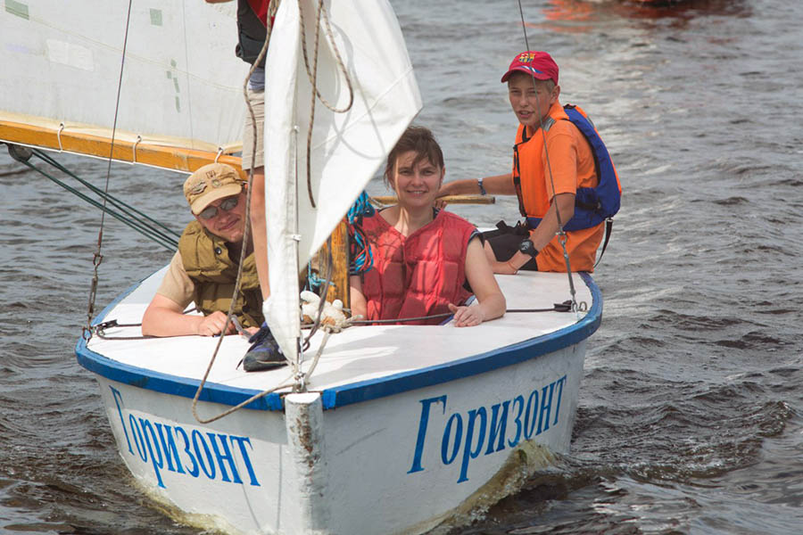 Выходы с детьми на яхтах неизменно вызывают радостные чувства