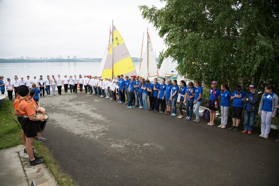 Ребят на сборах ждут активные занятия яхтингом в разновозрастных экипажах