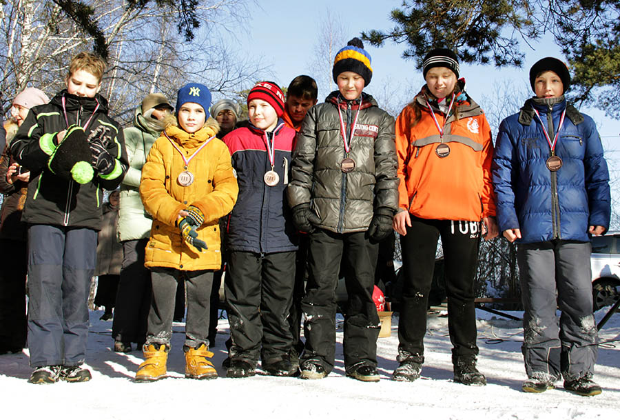 Команда каравелльцев, занявшая третье место в Зарнице - 2016