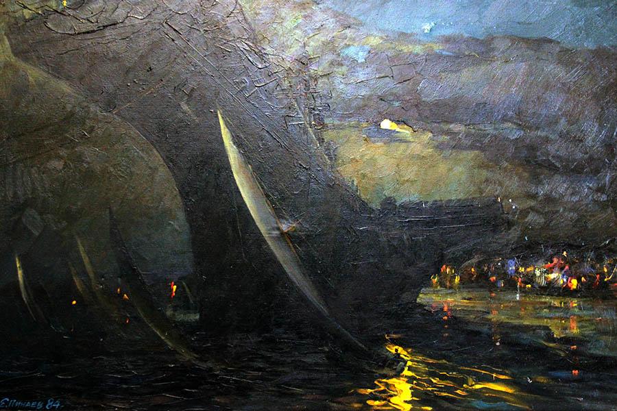 Картина «Севастопольский вальс» на стене Кают-компании (1984)