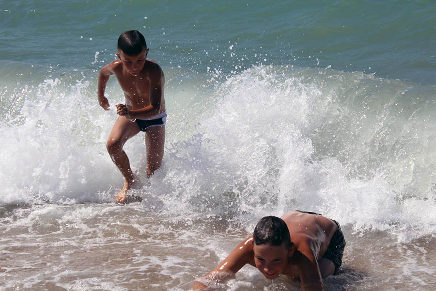 Море - самая ценная часть программы в Крыму