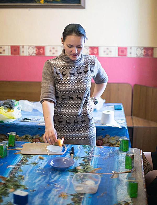 Маша Доможирова рассказывает, как безопасно работать с воском
