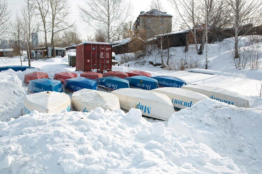 Результат общей работы - спасение яхт из снежного плена