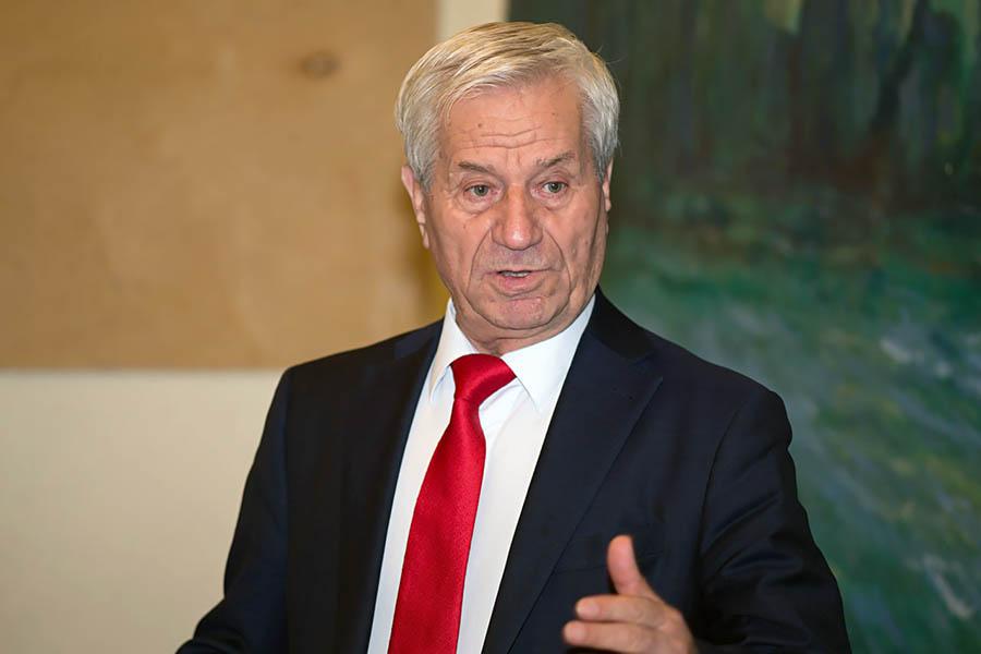 Борис Карпович рассказывает каравелльцам о рыцарстве и отваге