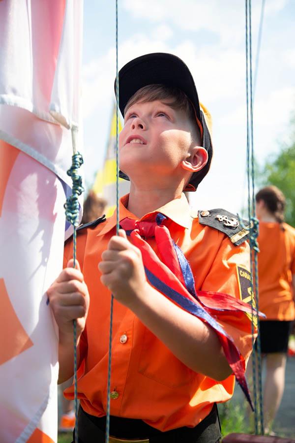 Егор Ерохин ждёт команду Поднять флаг!