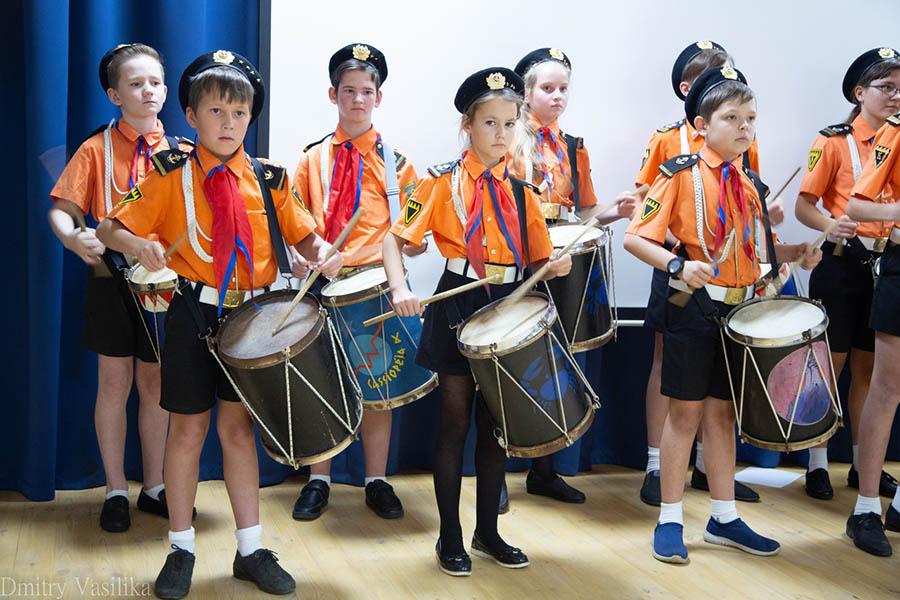 Без барабанщиков Каравеллы не проходит ни одно торжественное событие