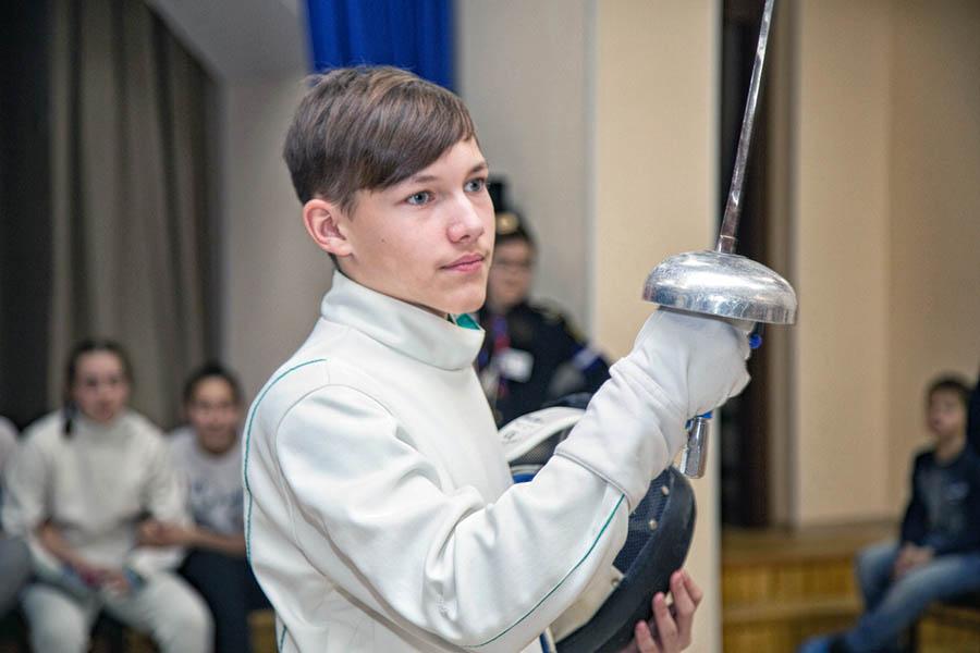 Георгий Доможиров... вскоре отпразднует победу вместе с командой