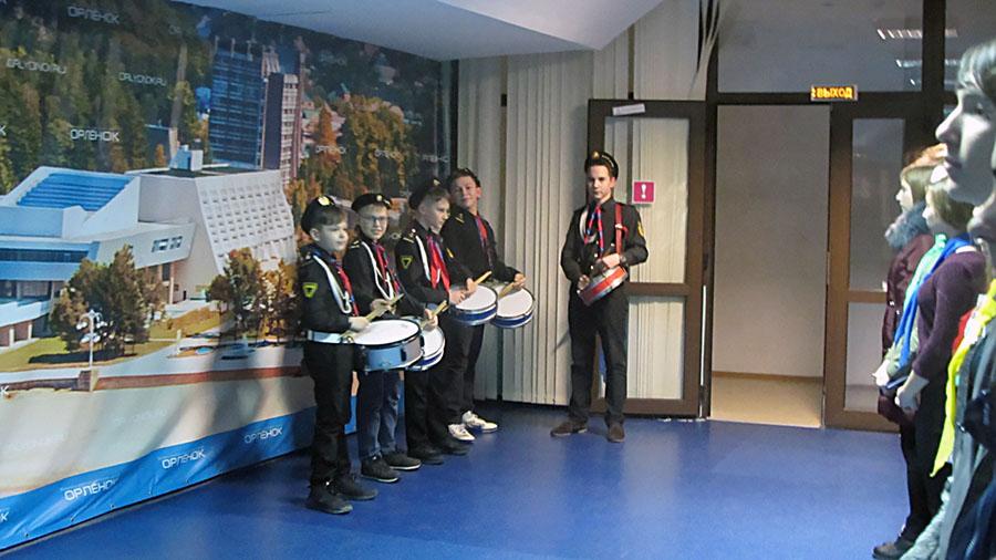 Каравелльские барабанщики традиционно попадают в группу барабанщиков везде