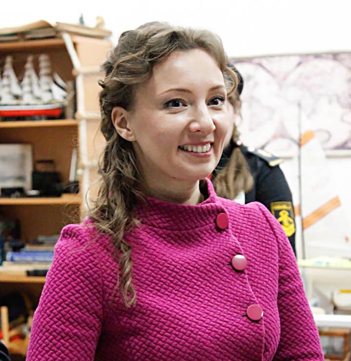 Анна Юрьевна Кузнецова знакомится с основными направлениями отряда