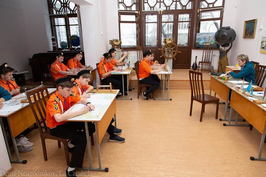 Во время зачёта в помещении отряда было непривычно тихо