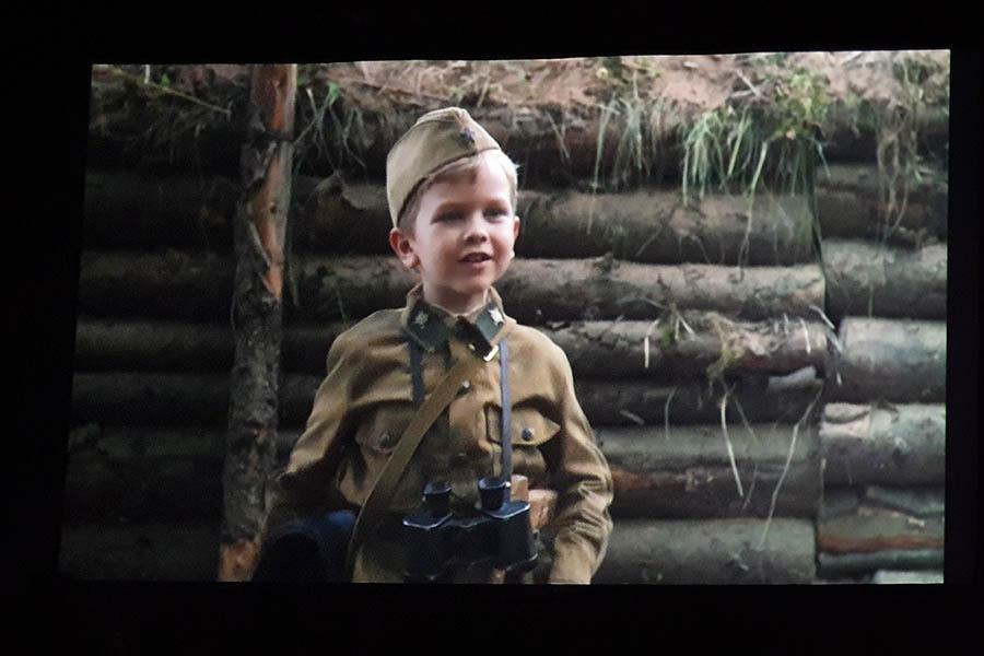 Фильм рассказывает о жизни самого юного солдата Великой Отечественной войны