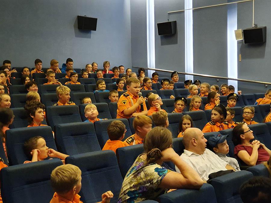 Именно младших больше всего впечатлил фильм...