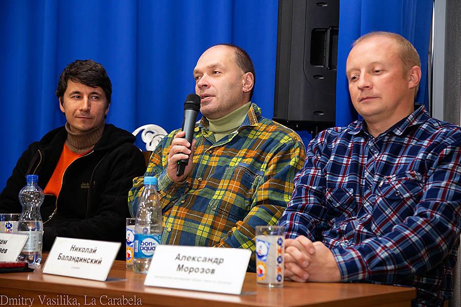 Справа налево: Александр Морозов – пилот-водитель, Николай Баландинский – штурман и Рустем Казанбаев – фотограф и видеооператор